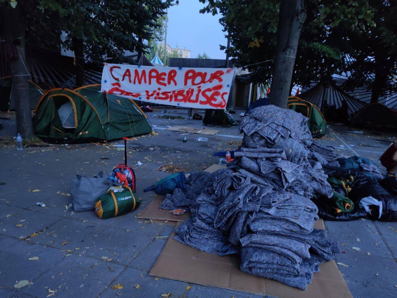 «Il est 5 heures, Paris expulse» (Radio Parleur)