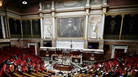L'Humanité : Comment la majorité parlementaire a liquidé la loi Bioéthique