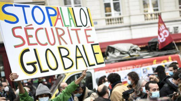 616 étudiant.e.s en journalisme pour le retrait de la proposition de loi relative à la «sécurité globale»